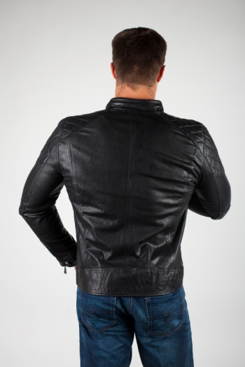 Кожаная куртка арт BERRY