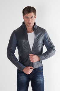 Кожаная куртка Angelo