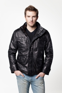 Мужская кожаная куртка MISSION