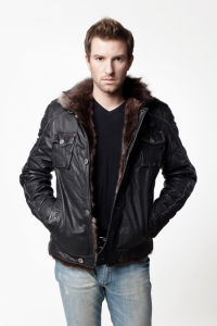 Кожаная куртка на меху арт 8317