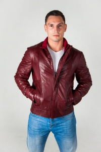 Кожаная куртка VERRY